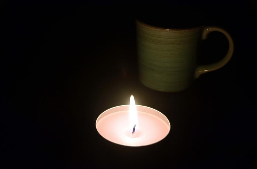 停電時のろうそくの明かり